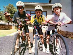 David, Brian (my brother) and me stopping off at my  mom's friends in Fishhoek on the way to Simon's Town.